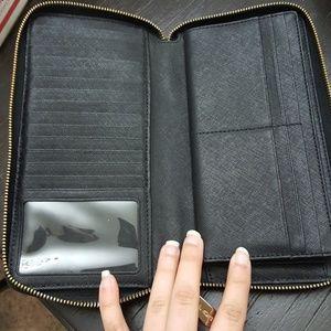 49a3e311e9cb MICHAEL Michael Kors Bags | Michael Kors Large Wallet | Poshmark